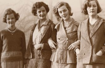THE-MITFORDS-image-credit-Devonshire-Collection-Chatsworth-Reproduced-by-permission-of-Chatsworth-Settlement-Trustees