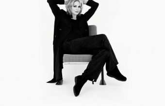 Joanna-Lumley---It's-All-About-Me